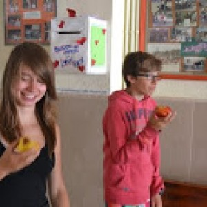 summer camps for teens tarifa, eating fruits the whole day
