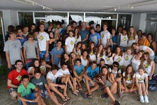 summer camps for teens tarifa, group picture residencia escolar tarifa