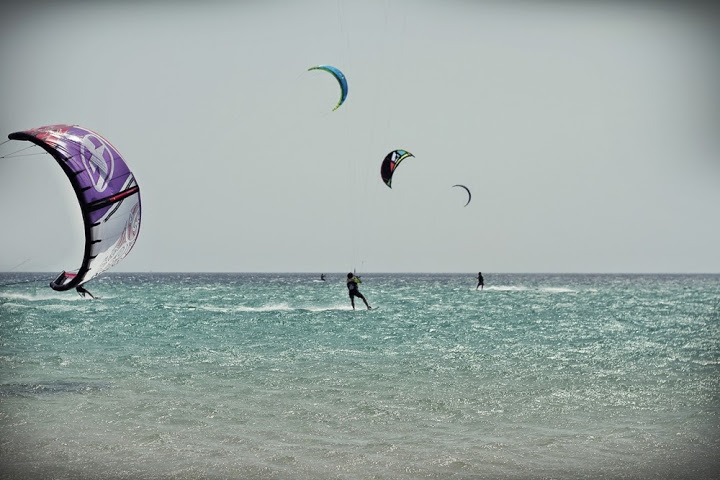 Kitesurfing time!
