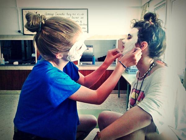 summer-camp-Tarifa-Spain, workshop masks