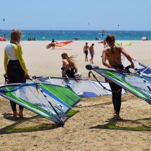 Windsurf camp for teens, girls power