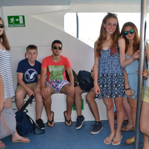 summer camps for teens tarifa, group picture on the boat