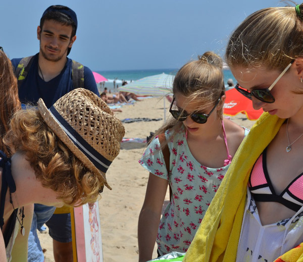 summer-activities-for-teens, beach day in Bolonia Tarifa