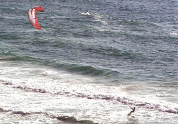 youth-kitesurfing-camps-spain, kitesurfing Tarifa