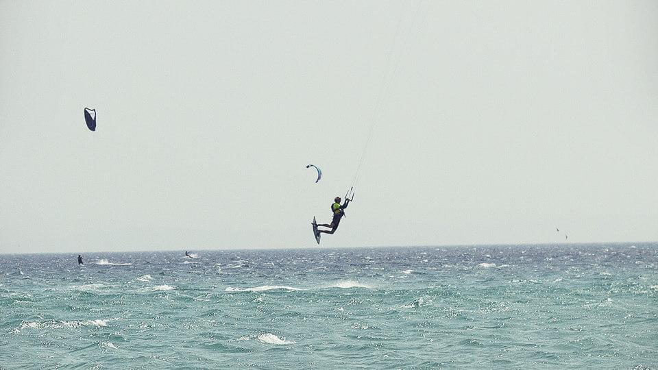 kitesurf camps for juniors, enjoying a levante day