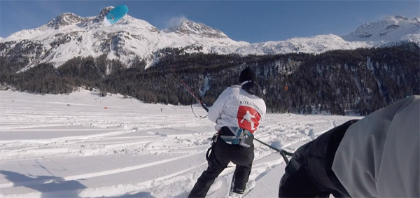 snowkiting-in-Switzerland