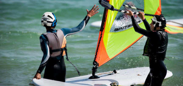 Windsurfen-fuer-Jugendliche-in-Tarifa, Strand Valdevaqueros
