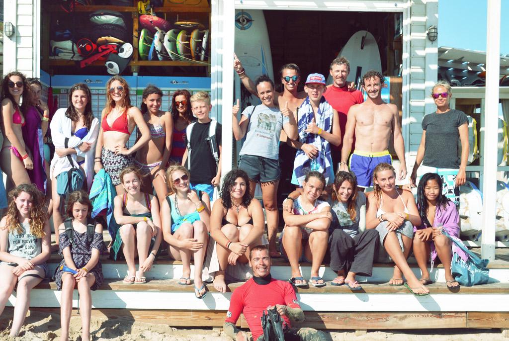 Campa-de-verano-Tarifa, Foto de grupo en la playa de Los Lances