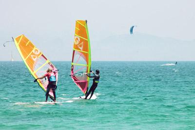 Jugend-Sommercamp, Windsurf in Tarifa