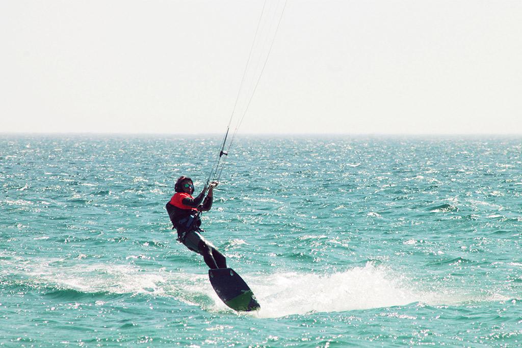 Jugend-Sommercamp-Kitesurf-Tarifa