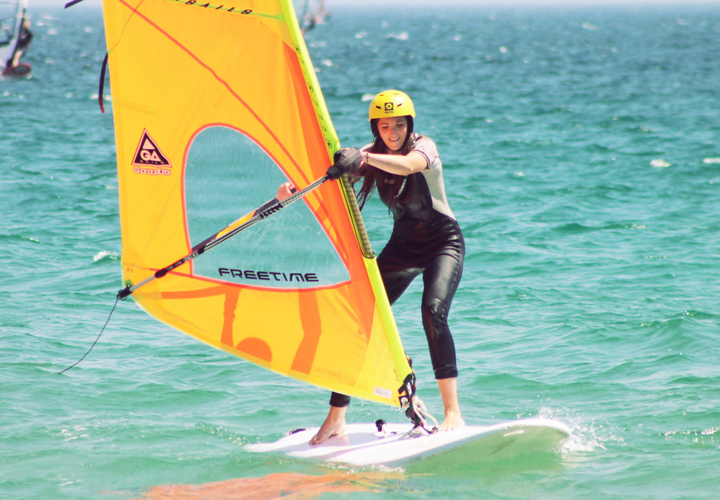 Summer-camps-experiences-Windsurf