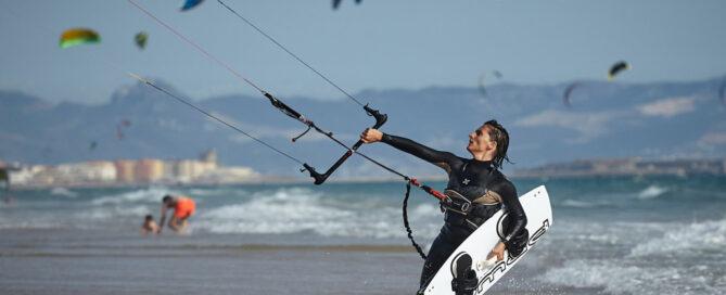 best-ocean-experiences, kitesurfing in Tarifa Spain